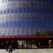 CEA informa y asesora a pymes y autónomos sobre los préstamos de Garántia