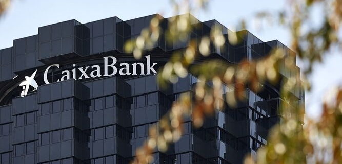 Caixabank financia con 100 millones a pymes y autónomos con el aval de Garántia